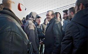 Le président bordelais est allé à la rencontre des ultras qui manifestaient leur mécontentement, hier, au Haillan.