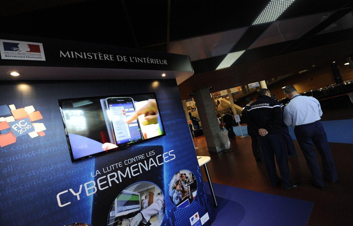 Au forum international de la cybersécurité  Lille. Le 26 janvier 2015.  – SIPA