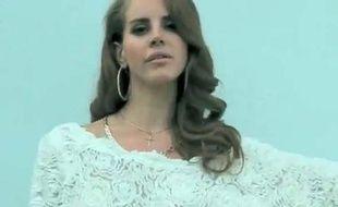Lana Del Rey, capture d'écran de son clip Blue Jeans