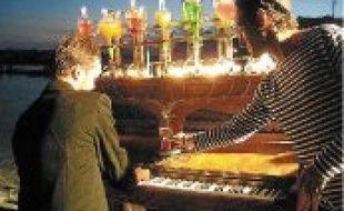 A découvrir : un piano à cocktail, du Bond version classique...