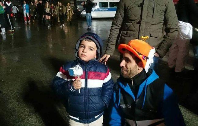 Fahed Mlaiel et son association All Fallaga aident les réfugiés à la gare de Cologne, ici un soir du Carnaval 2016.
