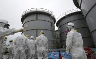 Fukushima Daiichi était une des premières centrales nucléaires du Japon. Coeurs atomiques fondus sous l'effet d'un tsunami qui la condamne au démantèlement intégral, elle n'aura pas vécu plus de 40 ans. Il en faudra au moins autant pour la faire disparaître.
