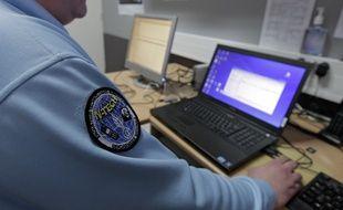Un enquêteur de la gendarmerie spécialisé dans la cybercriminalité.