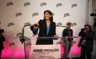 Anne Hidalgo, la candidate socialiste à la mairie de Paris, présente son programme, le 8 décembre 2013.