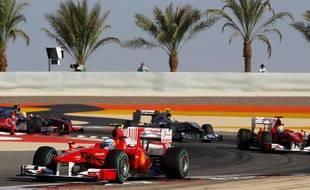 Les F1 perdues dans le désert de Bahrein, pour le premier grand Prix de la saison, le 14 mars 2010.