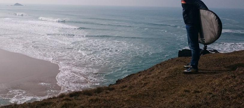 La plage de la Palue à Crozon est l'un des spots de surf les plus réputés en Bretagne.