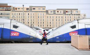 Deux rames de TGV en gare de Marseille le 3 avril 2018.