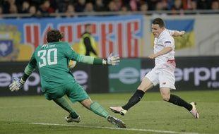 Kevin Gameiro a marqué lors du match nul 2-2 entre le Shakhtar et le FC Séville en demi-finale aller de la Ligue Europa, le 28 avril 2016.