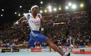 Le recordman du monde en salle de triple saut, le Français Teddy Tamgho, a réalisé un bond de 16,76 mètres, samedi à Bron (Rhône) pour son retour à la compétition après vingt mois d'arrêt en raison d'une opération à une cheville.