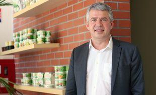 Olivier Clanchin, le PDG du groupe Triballat Noyal, propriétaire de la marque Sojasun, installée à Châteaubourg.