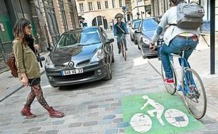 Une limitation à 30 km / h permettrait un meilleur partage de la voie publique.