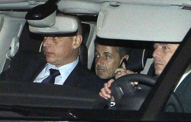Nicolas Sarkozy quitte le palais de justice de Bordeaux le 22 novembre 2012