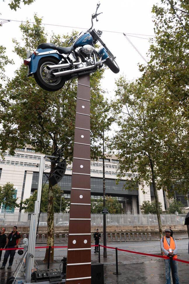 L'oeuvre de Bertrand Lavier en hommage à Johnny Hallyday