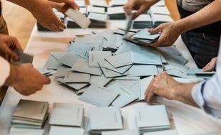 Illustration du comptage de votes pendant les élections européennes du 26 mai 2019.