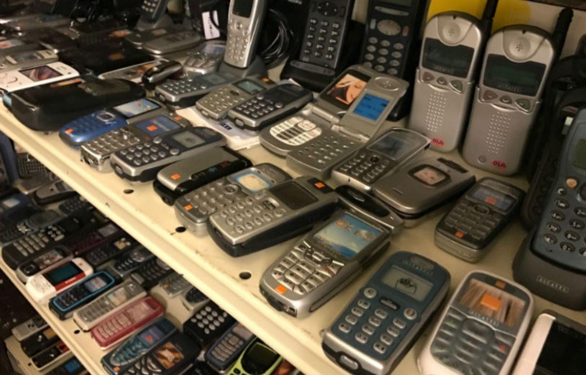 Dans les réserves, toute l'Histoire de la téléphonie mobile... – CHRISTOPHE SEFRIN/20 MINUTES