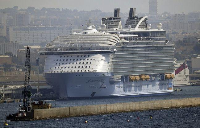 Le plus gros paquebot de croisière à Marseille en septembre 2016