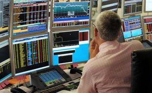 Trois groupes boursiers envisagent de déposer des offres sur leur rival européen Euronext, auquel sa nouvelle maison mère IntercontinentalExchange (ICE) veut donner son indépendance, affirme lundi le Wall Street Journal, citant des sources proches du dossier.