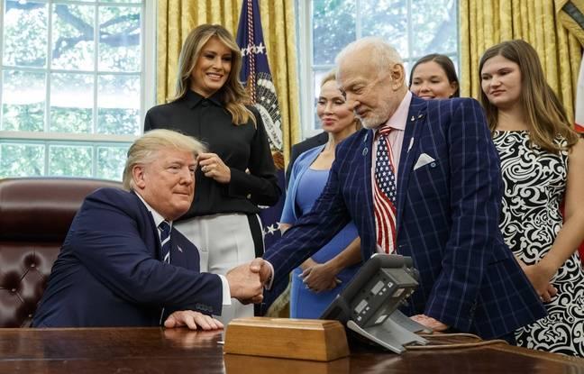 Etats-Unis: Donald Trump vise Mars plutôt que la Lune et fait la leçon au chef de la Nasa devant les astronautes d'Apollo 11