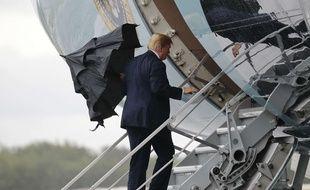 Donald Trump monte à bord d'Air Force One, le 15 juillet 2018 (illustration).