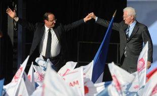 """L'ancien Premier ministre Lionel Jospin a rendu jeudi à Toulouse, au dernier grand meeting de campagne présidentielle de François Hollande, un vibrant hommage au candidat PS qui """"redonnera la dignité à la fonction de président"""", tout en lançant: """"la victoire est possible, la victoire se dessine"""""""