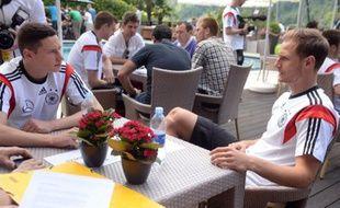 Les joueurs de l'équipe d'Allemagne Höwedes et Draxler le 25 mai 2014 en Italie.