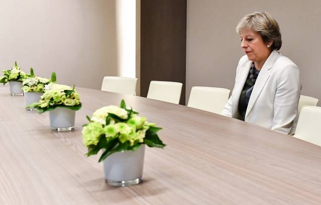 nouvel ordre mondial | Brexit: Theresa May perd un vote crucial au Parlement