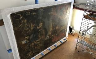 Les locaux permettent d'accueillir des tableaux de grande taille.