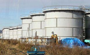 L'eau contaminée est stockée dans ces gigantesques réservoirs. Le Photo du 15 janvier 2014.