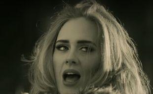 Adele dans le clip de «Hello», réalisé par Xavier Dolan.