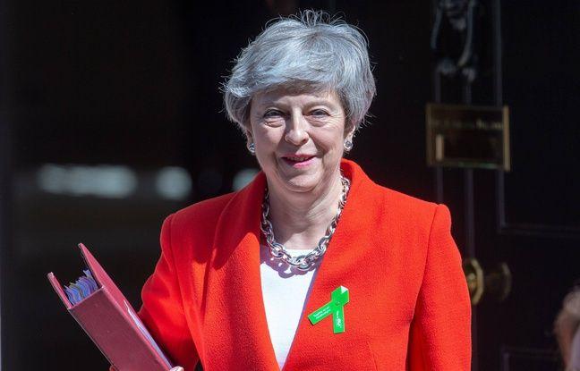 Brexit: Theresa May prend le risque d'un nouveau vote début juin