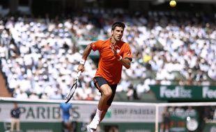 Novak Djokovic à Roland-Garros, face à Rafael Nadal, le 3 juin 2015.