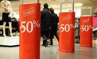 Les soldes d'hiver au centre commercial Velizy 2 en janvier 2012.
