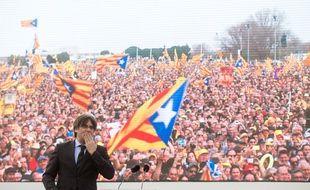 Carles Puigdemont en meeting à Perpignan