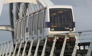 Illustration ligne de metro aerien a Toulouse.