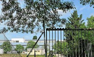 Un site pollué aux PCB à Bordeaux-Lac.