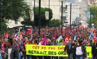 Entre 6.500 personnes, selon la police, et 15.000 personnes, selon les syndicats, ont manifesté à Nantes le 12 septembre 2017.