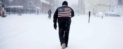 La côte est des Etats-Unis balayée par la neige