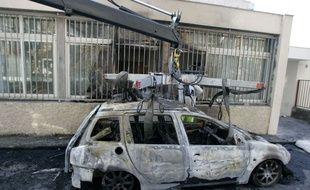 Une voiture incendiée à Toulouse (illustration).
