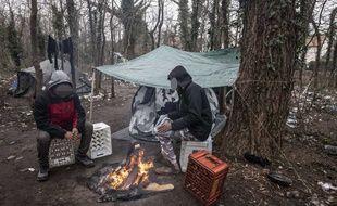 Illustration du campement de migrants près de Calais.