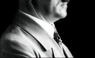 Plusieurs livres de ce début d'année évoquent la famille ou l'entourage d'Hitler et témoignent de l'abondance de la production sur le nazisme et son chef, au risque de banaliser le personnage.