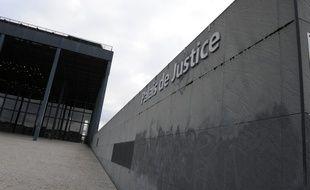 """Le chauffard de 23 ans a été jugé en comparution immédiate pour """"outrage"""" et """"refus d'obtempérer."""