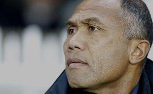 Antoine Kombouaré, l'ancien entraîneur du PSG, le 4 décembre 2012, contre Auxerre, au Parc des Princes.