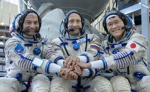L'astronaute Norishige Kanai (à droite) avec ses collègues Mark Vande Hei et Alexander Misurkin, le 6 juillet 2017 en Russie.