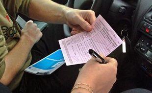 Le candidat malheureux n'est sans doute pas prêt d'obtenir son certificat d'aptitude à la conduite.