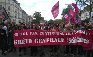 Des manifestants contre la loi Travail jeudi 19 mai 2016 à Nantes.