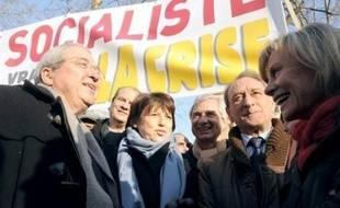 Le PS était partout présents dans ou le long des cortèges, comme à Paris autour de la première secrétaire Martine Aubry.