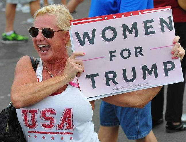 Une militante pro-Trump à un meeting en Floride le 12 octobre 2016.