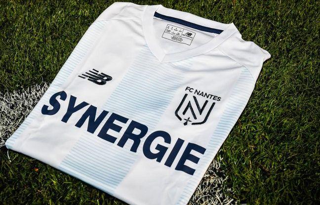 FC Nantes: Le club dévoile le maillot en hommage à Sala qui sera porté par les joueurs dimanche