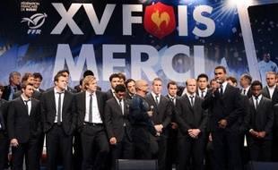 De retour mercredi à la mi-journée de deux mois de tribulations en Nouvelle-Zélande, les rugbymen français, vice-champions du monde dimanche, ont été immédiatement happés dans un marathon de célébrations et félicitations prévu pour s'achever jeudi au petit matin.