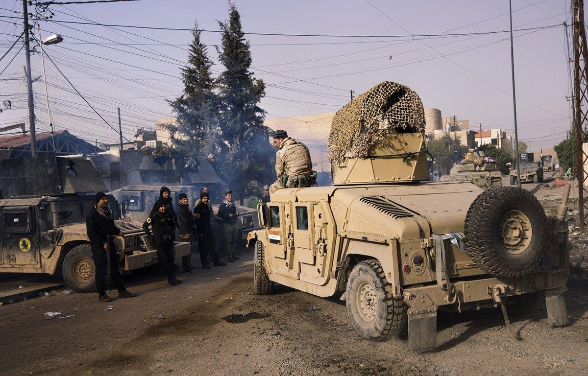 Des forces irakiennes près de Mossoul-est, le 10 janvier 2017. – Dimitar DILKOFF / AFP